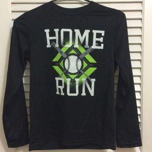 Black athletic shirt (long sleeve)